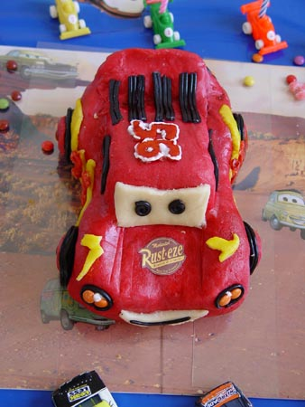 Cars quatre roues : Flash McQueen et ses amis - Page 2 Mcqueen