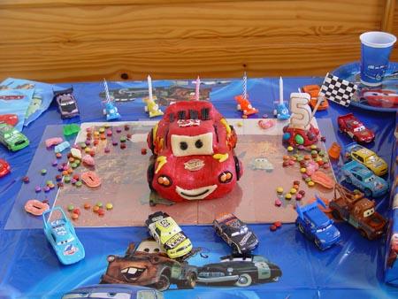 Cars quatre roues : Flash McQueen et ses amis - Page 2 Mcqueen2